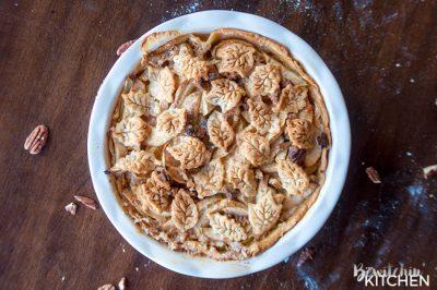 apple-praline-pie-from-the-bewitchin-kitchen