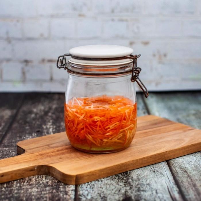 Vienamesiske syltede gulerødder og kinaradise