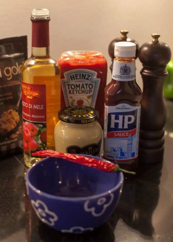 Denne kombination af ingredienser giver en god balance mellem sur, sød og umami.