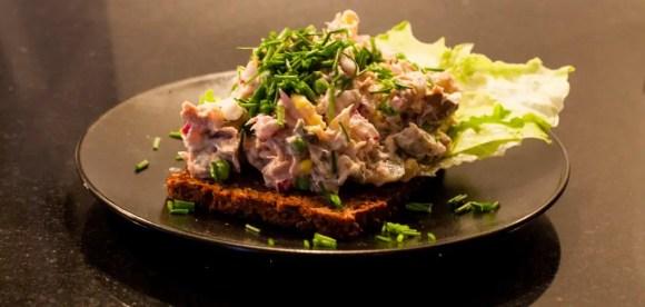 Sund frokost: tunsalat med skyr