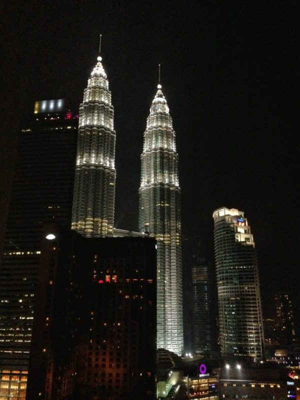 foodicles view from grand hyatt at night petronas twin towers
