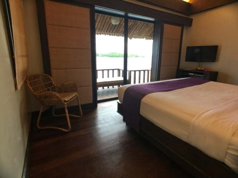 foodicles-pearl-farm-resort-7-samal-house