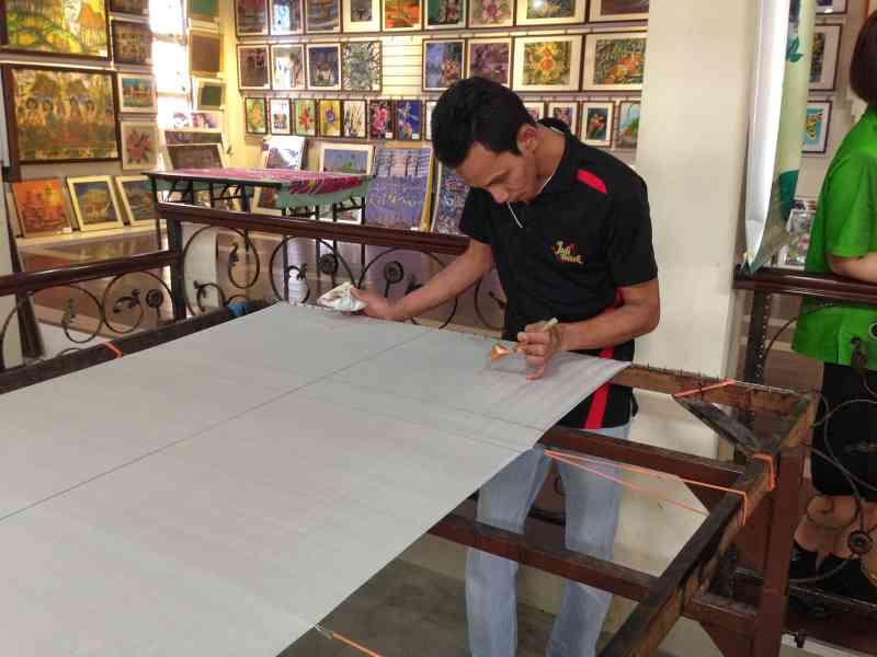 foodicles batik artist