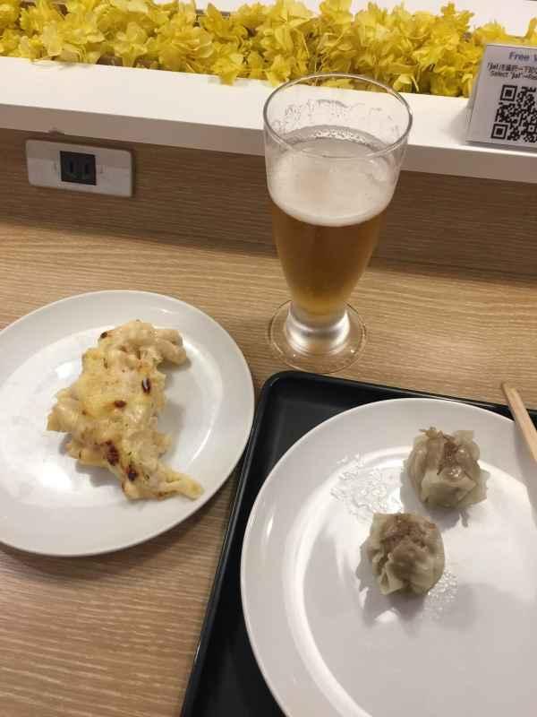 japan airlines business class sakura lounge