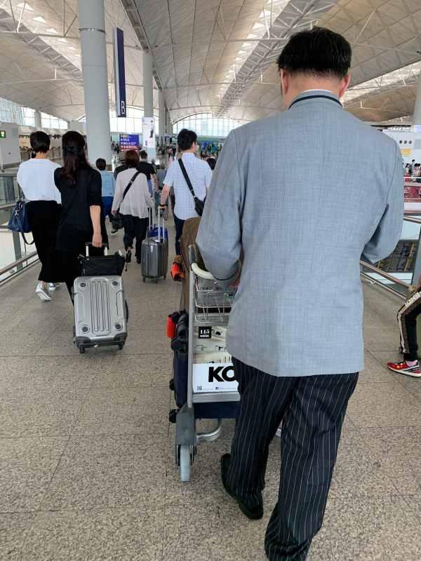 About Mandarin Oriental Hong Kong Airport Transfer Service
