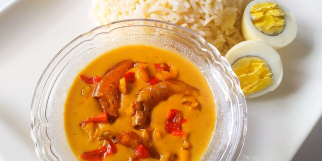 plain groundnut soup served with rice