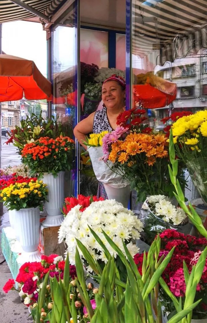 Rroma flower market Bucharest Romania