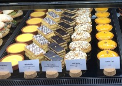 la-cloche-sweets