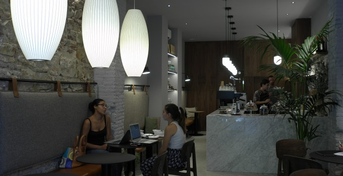 Cargo Cafe, Coffee & Cocktails, Eixample