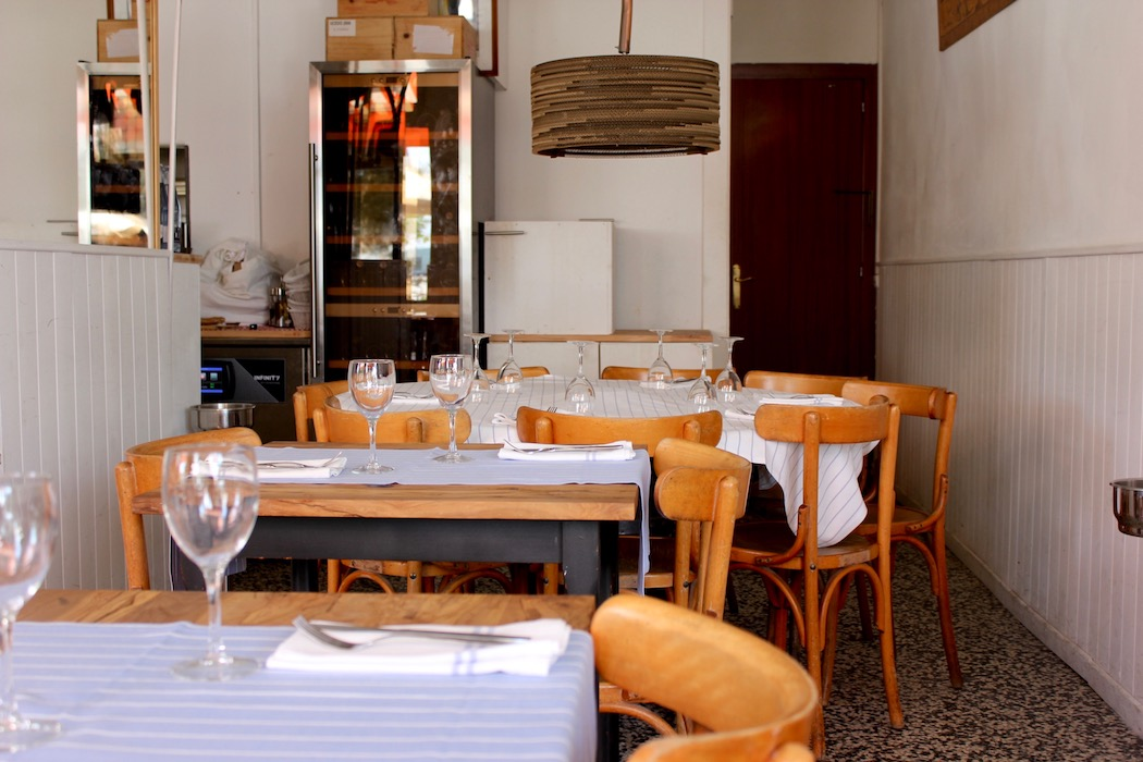 Inside at Kaiku Barceloneta