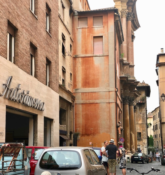 The ochre buildings of the Jewish Quarter in Rome