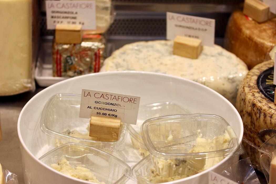 Cheese selection La Castafiore Delicatessen