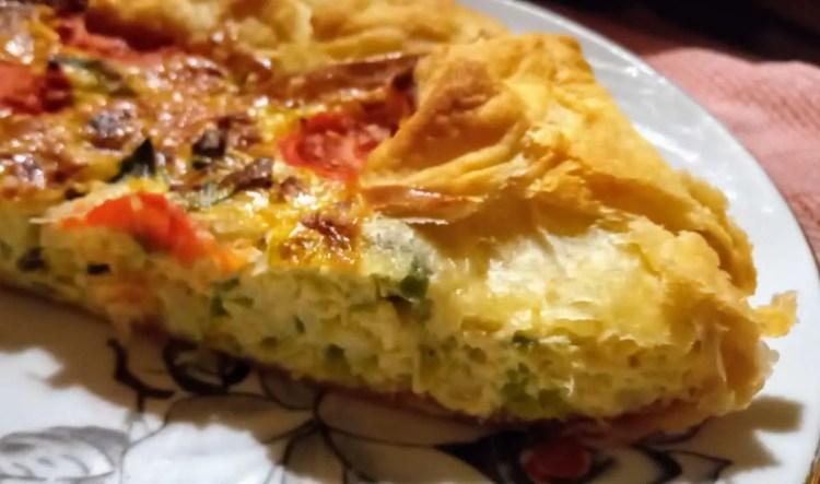 Torta od poriluka i pomidori