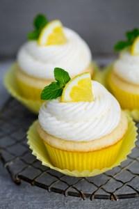 lemon-cupcakes4srgb