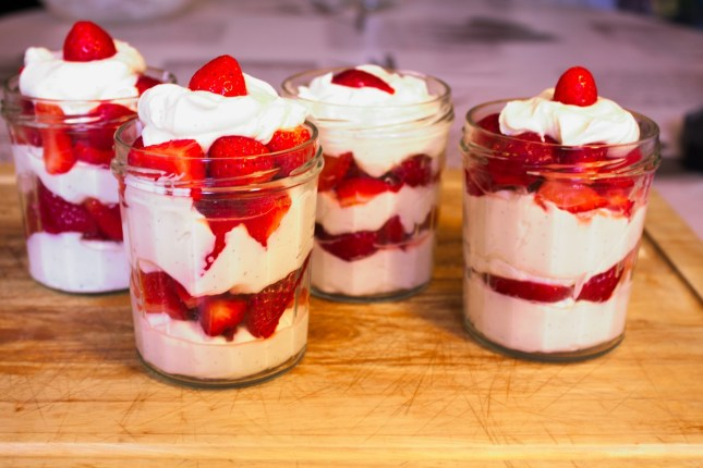 Strawberries Dessert Red Fruits Gluttony Fruit