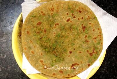 green pea paratha 11