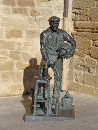 Statue of winemaker in Haro
