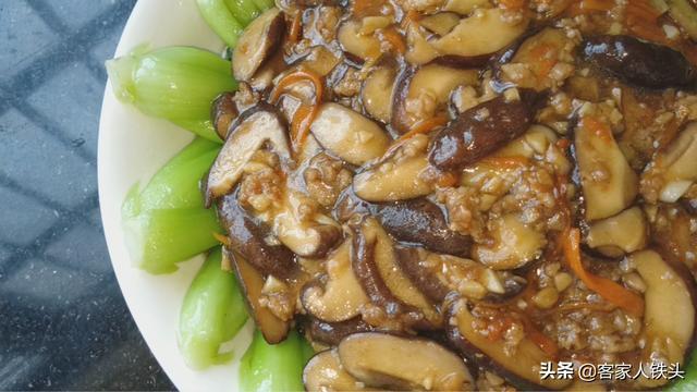 青菜吃了多年,还是妈妈教的一个做法好