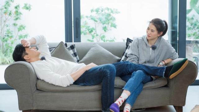 张智霖独宠老婆多年,离不开老婆袁咏仪的婚姻观