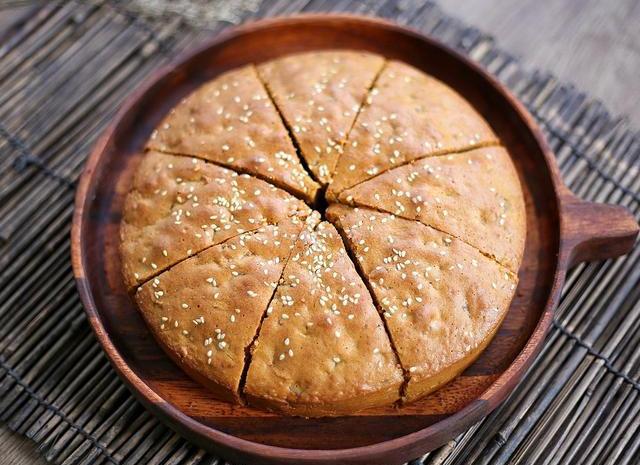 不用酵母,也能做出蓬松暄软的红枣糕