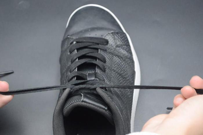 運動時鞋帶老是鬆動?教你一招雙蝴蝶結鞋帶係法