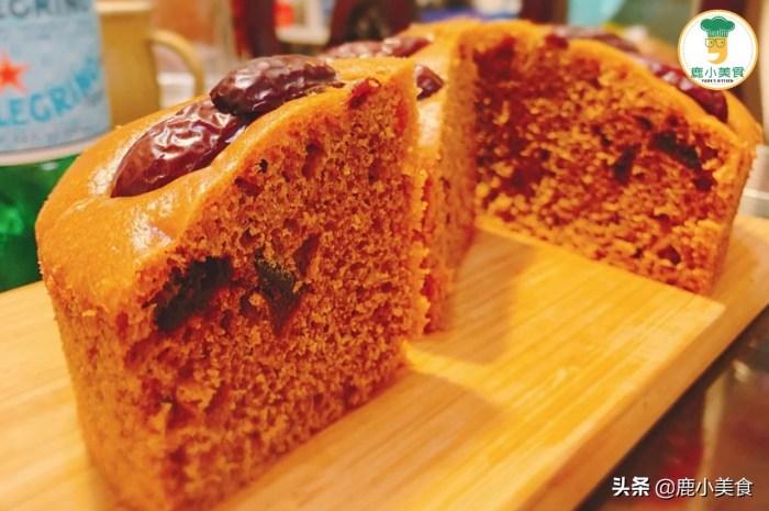 鬆軟香甜的紅糖發糕,不用揉麵比饅頭還簡單