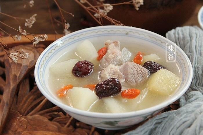 多给家人喝这汤鲜甜可口,开胃解腻去秋燥