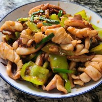 椒盐鱿鱼,是我家经常吃的一道美味家常菜