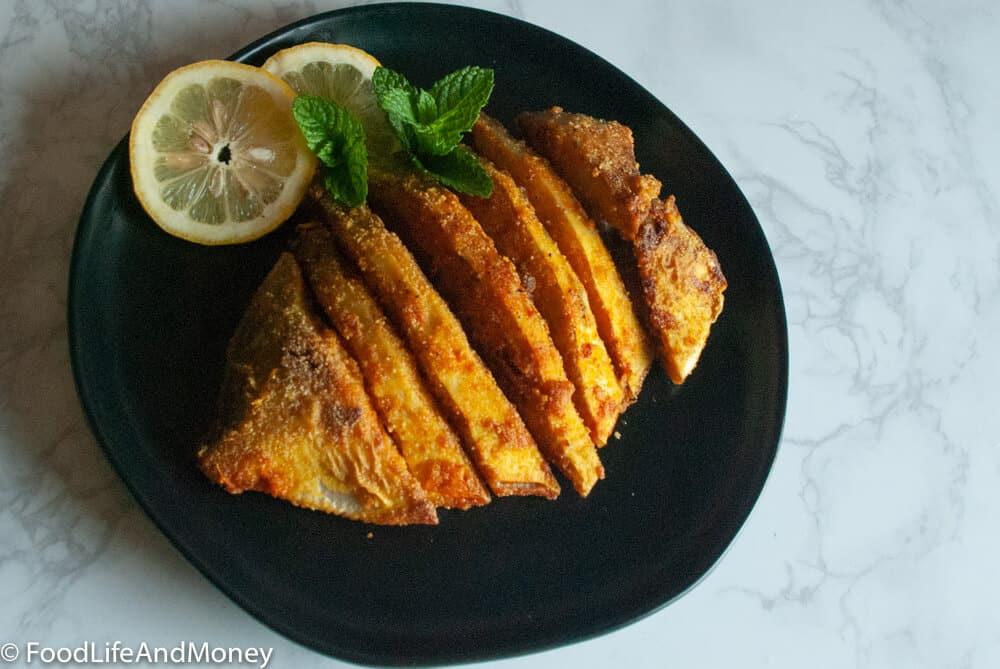 How to make Goan/Konkani-style pan-fried pomfret   easy shallow-fried fish recipe
