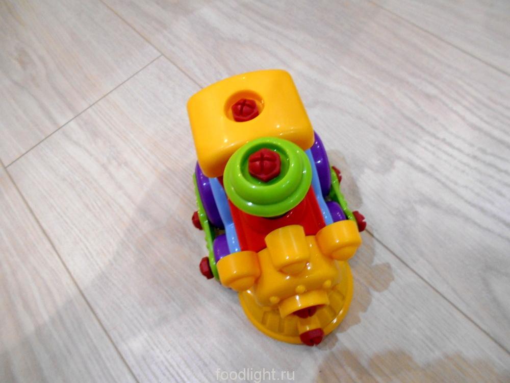 Build and Play. Паровозик и гоночная машинка