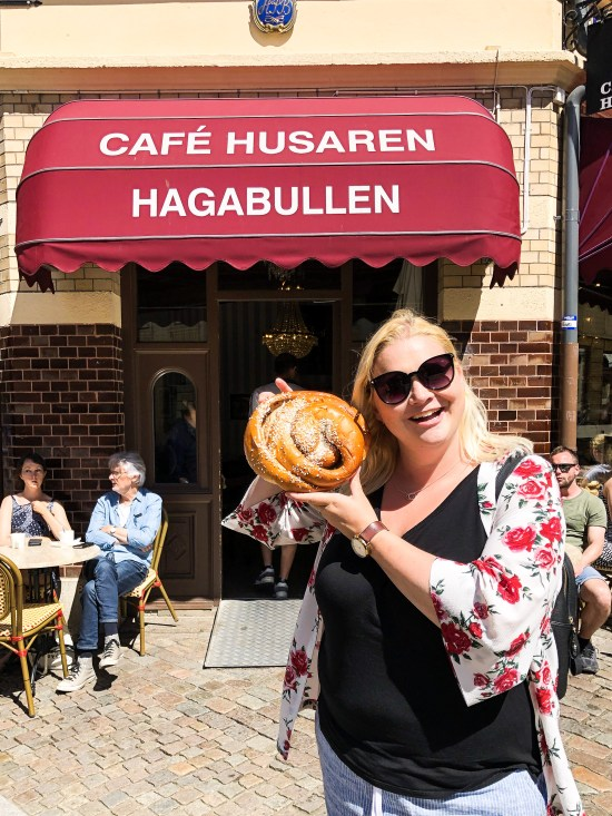 Food Nerd with Giant Cinnamon Buns at Café Husaren – Hagabulla, 10 Things to Do and See in Gothenburg, Sweden - www.foodnerd4life.com