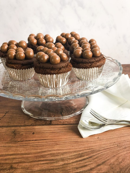 Malteaser Cupcakes on Cake Stand - www.foodnerd4life.com