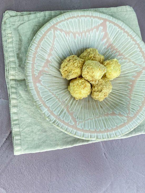 Plate of Tarte au Citron Truffles - www.foodnerd4life.com
