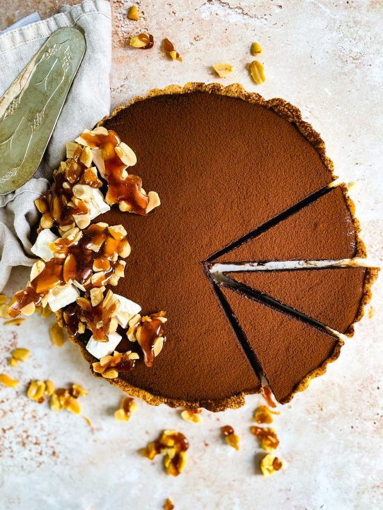 Snickers Tart Recipe with Salted Caramel - www.foodnerd4life.com
