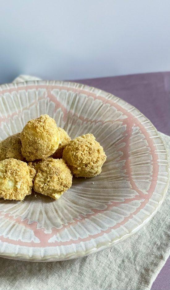Tarte au Citron Truffles Recipe - www.foodnerd4life