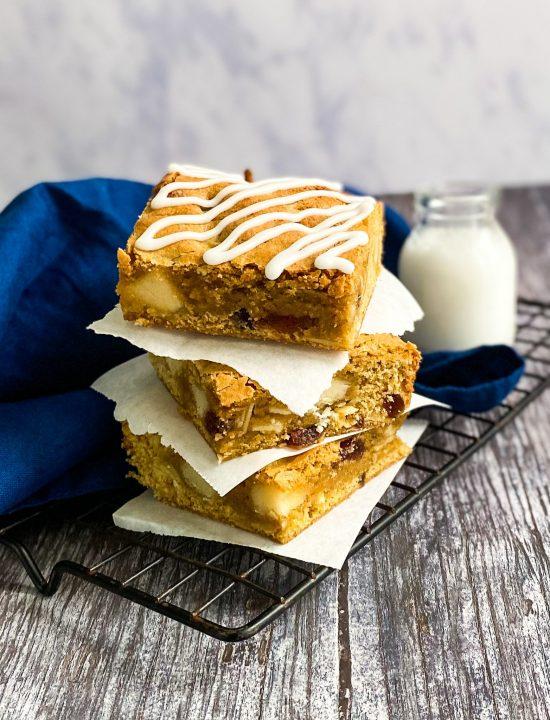 Bakewell Blondies Recipes - www.foodnerd4life.com