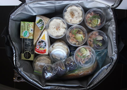 My cooler packed with my Fall-Inspired Apple Lunch Menu