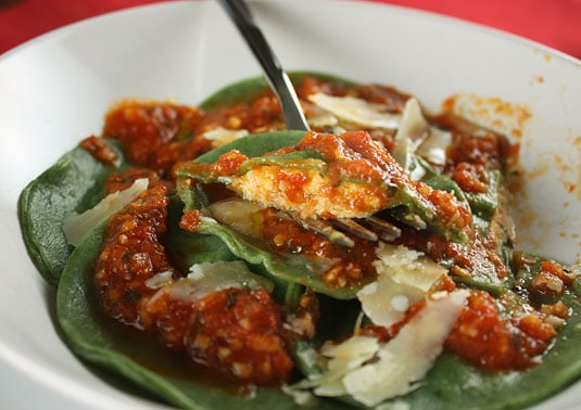 Spicy Spinach-Ricotta Ravioli with Light Tomato Sauce