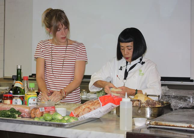 Hiroko Shimbo teaching me how to make ramen noodles at the IACP conference in New York / FoodNouveau.com