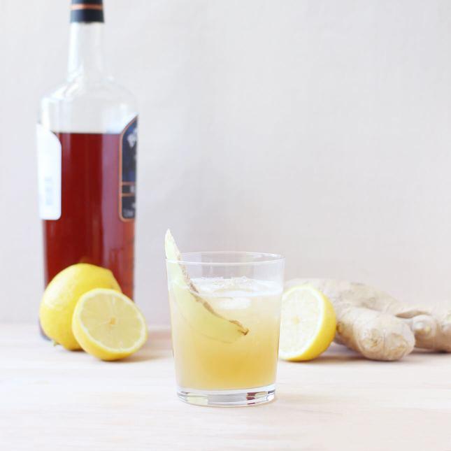 Scotch Whiskey Cocktail: The Penicillin // FoodNouveau.com