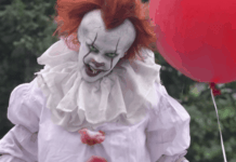 Pennywise costume halloween IT movie 2017. This is an amazing and easy to do DIY Pennywise Makeup tutorial you're gonna love to do!