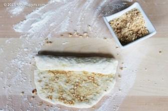 3. Incorpora la granella nell'impasto