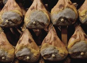 Italian Hams Prosciutto di Parma, Golosa culinary tours