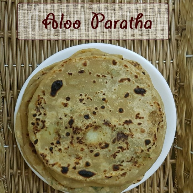 Aloo Paratha Recipe by Foodomania | Step-by-step recipe to make Punjabi Alu ke parathe | Potato Flatbreads | Vegetarian Recipes