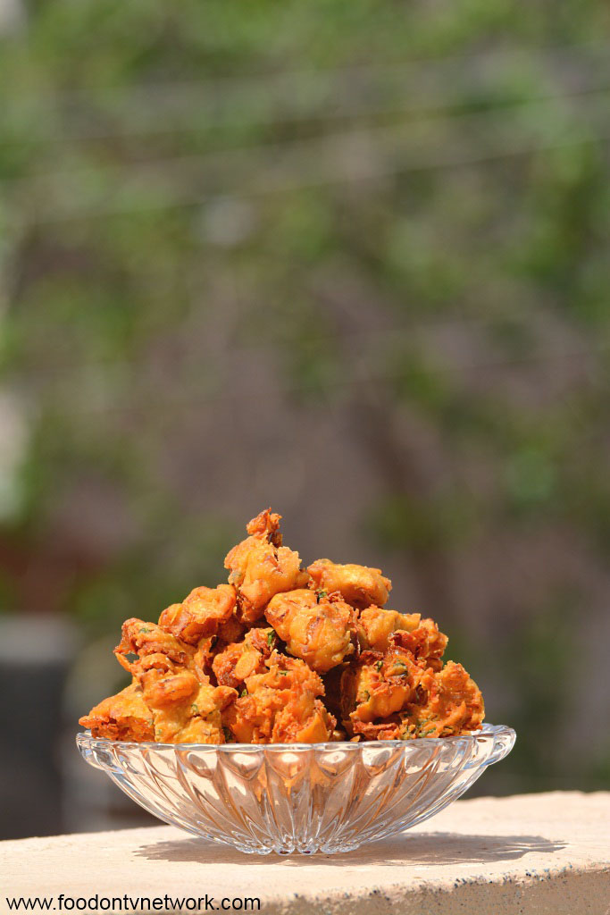 Onion Fritters Recipe.