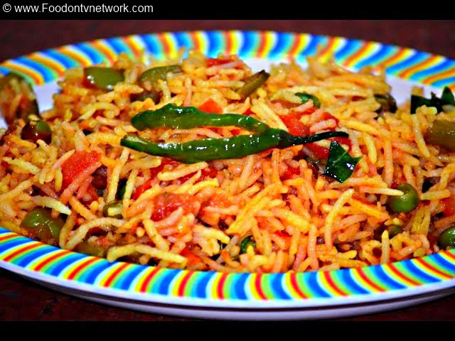 Bombay Tomato Pulao Recipe, Vegetable Pulao Recipe, Bombay Tomato Rice Recipe, Street Food Recipe, Indian Rice Recipe.