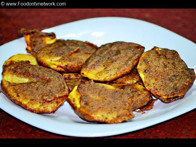 Kuttu ke Pakore Recipe, Kuttu ki Pakodi Recipe, Kuttu ke Aate ke Pakore Recipe, Vrat Recipes, Indian Snacks Recipe.
