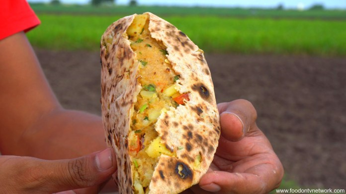 Oil Free Aloo Paratha Recipe, Aloo Paratha Without Oil, Zero Oil Aloo Paratha Recipe, Healthy Aloo Paratha Recipe, How to Make Oil Free Aloo Paratha, Homemade Oil Free Aloo Paratha, Aloo Paratha Recipe, Indian Main Course Recipe.