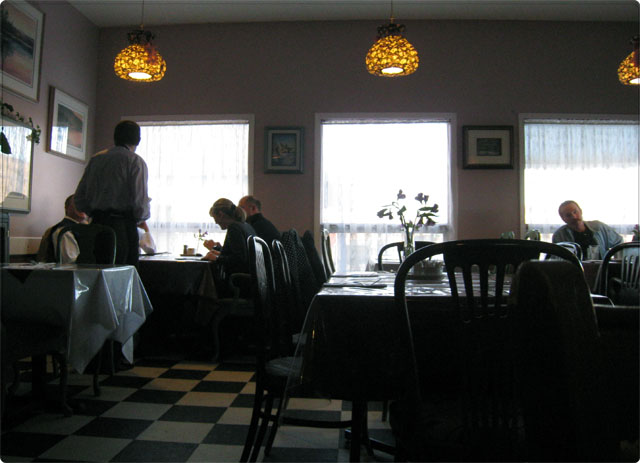 Longview Steakhouse - Longview, AB (2/6)