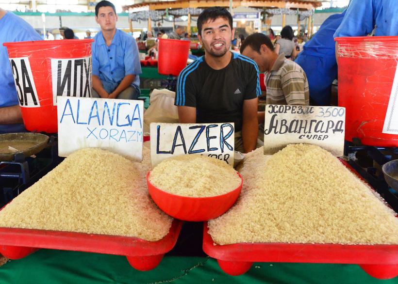 Tashkent - Chorsu Bazaar - Rice